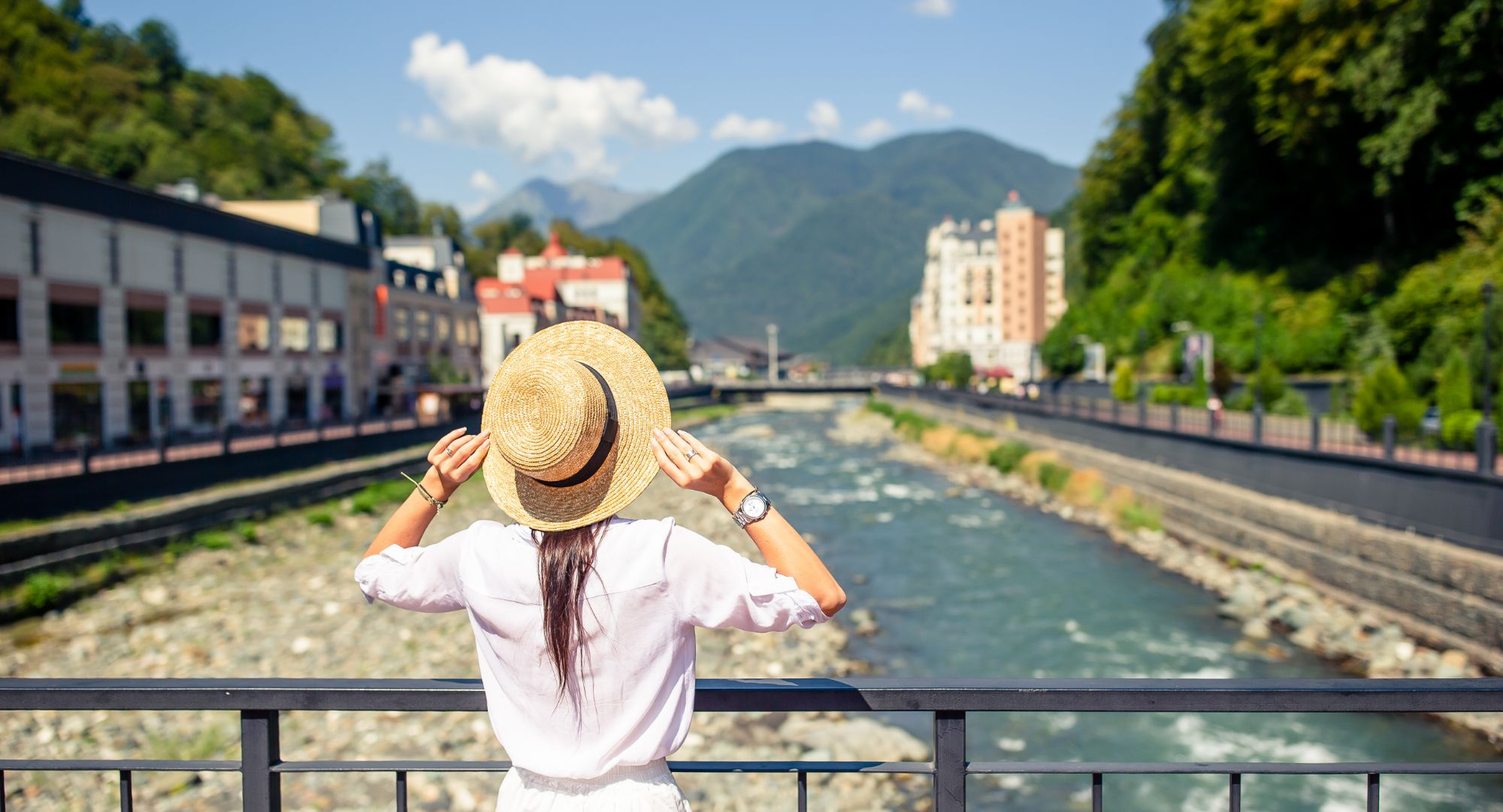 Your staycation in Switzerland: 6 reasons to go on holidays in your own country
